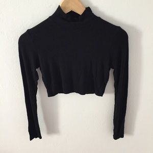 Missguided black ribbed long sleeve crop top